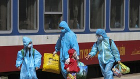 Gần 400 công dân Quảng Trị từ TPHCM về quê an toàn bằng tàu hỏa