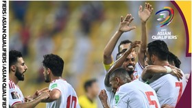 UAE đánh bại Thái Lan 3-1 để tiếp tục bám đuổi Việt Nam. Ảnh: AFC