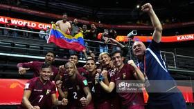 Venezuela giành chiến thắng trước chủ nhà Lithuania ở ngày ra quân Futsal World Cup 2021. Ảnh: GETTY