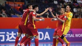 Thi đấu đầy cố gắng nhưng đội tuyển futsal Việt Nam không thể tạo được bất ngờ trước Nga.