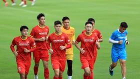 Đội tuyển Việt Nam hướng đến mục tiêu có điểm trước Trung Quốc và Oman. Ảnh: NHẬT ĐOÀN