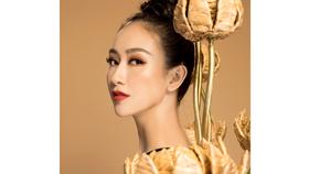 """Hà Thu hóa """"chiến binh"""" với trang phục truyền thống tại Miss Earth 2017"""