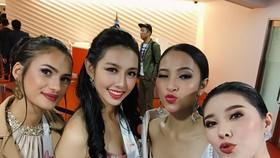 Thùy Tiên vào top 10 trang phục dạ hội đẹp nhất đêm khai mạc Miss International 2018