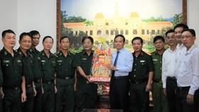 Lãnh đạo TPHCM thăm, chúc Tết các đơn vị, cá nhân