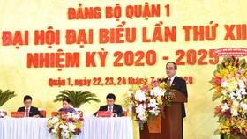 Bí Thư Thành ủy TPHCM Nguyễn Thiện Nhân phát biểu tại Đại hội Đảng bộ quận 1. Ảnh: VIỆT DŨNG