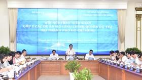 Chủ tịch UBND TPHCM Nguyễn Thành Phong phát biểu tại hội nghị. Ảnh: VIỆT DŨNG