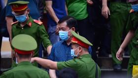 """Bị cáo Đinh La Thăng:  """"Tôi thấy có lỗi với ĐBSCL, muốn hoàn thành cao tốc TPHCM-Trung Lương-Mỹ Thuận-Cần Thơ"""""""