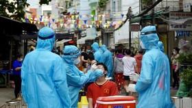 Ghi nhận chuỗi lây nhiễm 17 ca Covid-19 tại quận 5, không liên quan chợ An Đông