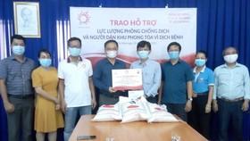 Kiều bào hỗ trợ quận Tân Bình phòng chống dịch Covid-19