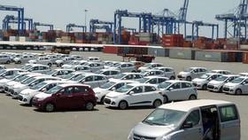 Ô tô nhập khẩu tiếp tục tăng
