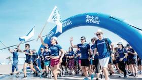 Chạy mỗi km nhận 1 USD gây quỹ cứu lấy đại dương