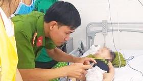 Bé trai 15 tháng tuổi tử vong bất thường ở nhà trẻ tự phát