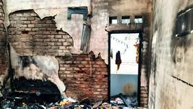 Đám cháy thiêu rụi nhiều tài sản trong căn nhà 2 tầng ở Quy Nhơn