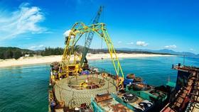 Chính thức cấp điện cáp ngầm cho 3.000 dân đảo Cù Lao Xanh