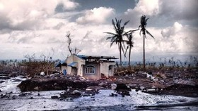 Siêu bão Goni đổ bộ vào Philippines với sức gió hủy diệt