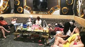 Bắt quả tang 25 nam nữ phê ma túy trong quán karaoke