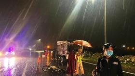 Đi buôn giữa đêm mưa lớn, hai ông bà cụ chết thảm