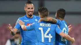 Crotone - SSC Napoli 0-1: Napoli trở thành nhà vô địch mùa đông