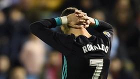 Celta Vigo - Real Madrid 2-2: Bị cầm hòa phút cuối, Real thành cựu vương La Liga