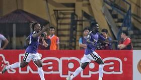 Hà Nội - Sài Gòn FC 1-1: Moses kịp cứu thua cho đội chủ nhà