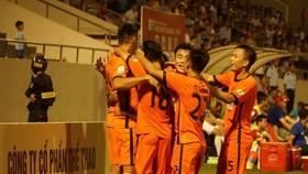Đà Nẵng - HAGL 2-1: Minh Vương lập siêu phẩm, Đà Nẵng ngược dòng chiến thắng