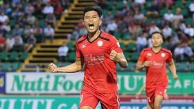 TPHCM - CLB Sài Gòn 5-0: Hải Anh lập hattrick, Huỳnh Kesley, Phi Sơn tiếp tục tỏa sáng