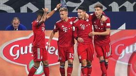 Schalke 04 - Bayern Munich 0-2: Rodriguez mở màn, Lewandowski ấn định chiến thắng thứ 4