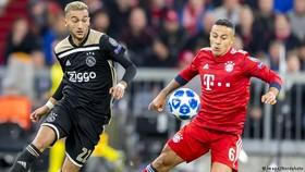 Bayern Munich - Ajax 1-1: Hummels mở tỷ số, Mazraoui cầm chân Hùm xám