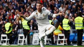 Real Madrid - Valladolid 2-0: Olivas tặng bàn thắng, Ramos ấn định chiến thắng