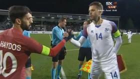 Iceland - Qatar 2-2: Bất phân thắng bại