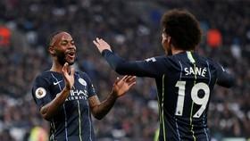 West Ham - Man City 0-4: David Silva, Sterling, Leroy Sane tiếp tục giúp Pep Guardiola chiến thắng