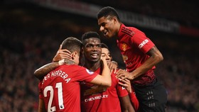 Man United - Brighton&Hove Albion 2-1: Pogba, Rashford thăng hoa, HLV Solskjaer vào tốp 5