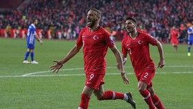 Thổ Nhĩ Kỳ - Moldova 4-0: Cenk Tosun ghi cú đúp, Kaan Ayhan, Ali Kaldırım cũng tỏa sáng