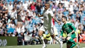 Real Madrid - Villarreal 3-2: Mariano Diaz, Jesus Vallejo lập công, Real củng cố tốp 3