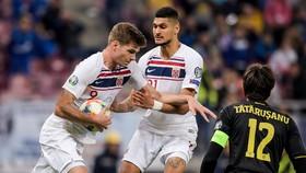 Romania - Na Uy 1-1: Alexandru Mitrița mở tỷ số, Alexander Sorloth cầm hòa phút bù giờ