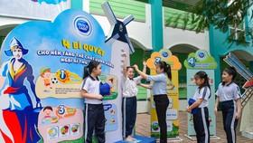 Góc dinh dưỡng nhằm cung cấp kiến thức về chế độ dinh dưỡng cân bằng, theo dõi tiến độ phát triển chiều cao cân nặng cho các em học sinh.