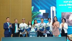 Thương hiệu Hisense trình làng tại Việt Nam - Ra mắt Quỹ Hi S hỗ trợ điều trị chấn thương của tuyển thủ bóng đá