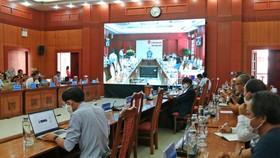 Quảng Nam họp về tình hình mua sắm hệ thống máy xét nghiệm