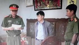 Quảng Nam, bắt nguyên cán bộ địa chính xã làm giả giấy tờ đất đai