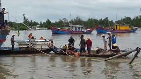 Lực lượng chức năng địa phương đang tìm kiếm 3 nạn nhân mất tích