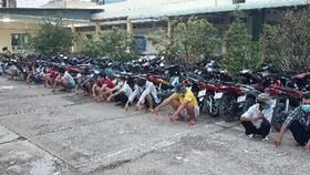 Bắt quả tang nhóm đối tượng tổ chức đá gà ăn tiền tại Tiền Giang
