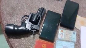 Tạm giữ một đối tượng giả danh cảnh sát hình sự tại Tiền Giang