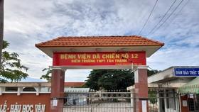 64 trường ở Long An làm nơi cách ly y tế, nay được khử khuẩn cho học sinh đến lớp