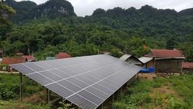 Một phần dự án điện năng lượng mặt trời tại xã Tân Trạch, Bố Trạch vừa đưa vào sử dụng đã có thiết bị hư hỏng