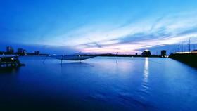 Đôi bờ sông Nhật Lệ bừng sáng sau khi được chỉnh trang