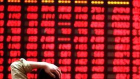 Phiên giao dịch ngày 6-7, vốn hóa thị trường chứng mất hơn 10 tỷ USD.