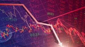 Nhà đầu tư hoảng loạn bán tháo, VN Index mất hơn 55 điểm