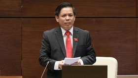Bộ trưởng Nguyễn Văn Thể trả lời chất vấn. Ảnh: CHINHPHU.VN