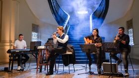 """Hà Anh Tuấn livestream công bố chính thức phát hành album mới và bán vé live concert """"The Veston"""""""
