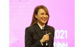 """Mỹ Tâm gây sốt khi công bố liveshow """"Tri Âm"""" tại TPHCM và Hà Nội"""
